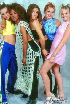 Spice Girls are amazing love my queen's 😘😘😘 90s Themed Outfits, Trina Rapper, Ginger Spice Girl, Victoria B, Baby Spice, Geri Halliwell, Girls Rules, Girl Inspiration, Spice Girls
