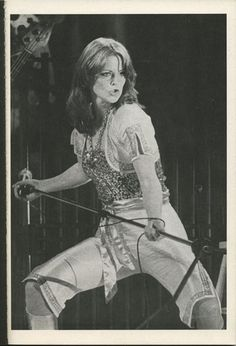 Frida from ABBA goes Rock & Roll - d'ABBA d'ABBA doe magzine 1977