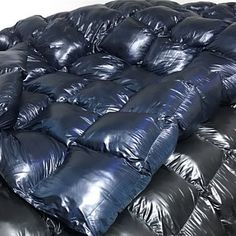 King size glanznylon puffy down quilt heavy weighted blanket Nylons, Down Blanket, Down Quilt, Velcro Tape, Rainy Weather, Puffy Jacket, Weighted Blanket, You Are Perfect, King Size