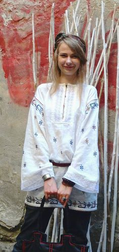 Long sleeve linen embroidered blouse top tunic folk by GNatelier