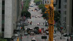 Busy-Street-in-Downtown-LA