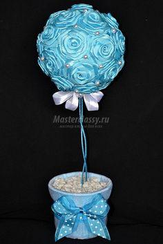 Топиарий из атласных роз в голубых тонах. Мастер-класс с пошаговыми фото