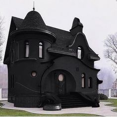 "This house.😍 Yet another of my ""black house appreciation posts""? I would love to see the inside. Beautiful Buildings, Beautiful Homes, Goth Home Decor, Dark House, Gothic Furniture, Witch House, Gothic House, Tiny House, House Goals"