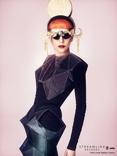 Lady GaGa by Mariano Vivanco for Madame Figaro May 2011 January Jones, Lady Gaga Photoshoot, Lady Gaga Fashion, Fashion Fashion, Lady Gaga Pictures, Dark Beauty, Editorial Fashion, Fashion Photography, Models