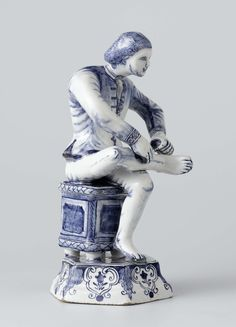 Boy Removing a Thorn from his Foot (Spinario), De Grieksche A, c. 1725 - c. Blue And White Style, Love Blue, Delft, Glazes For Pottery, Blue China, White Porcelain, Chinoiserie, Modern Art, White Dishes