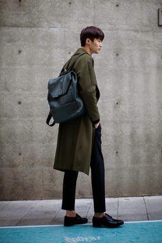 On the street... Wooseok Byun fashion week 2015 S/S ~ echeveau