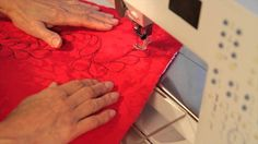 This video is about Free motion machine quilting Machine Quilting, Playing Cards, Tutorials, Playing Card Games, Cards, Game Cards, Teaching