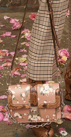 11 Best Bags - Salvatore Ferragamo images  780c9671c5a05