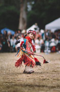 During Stanford Powwow Native American Children, Native American Regalia, Native American Beauty, Native American Artifacts, Native American History, Machu Picchu, Tiny Dancer, Pow Wow, People Art
