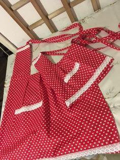 Anya-Lánya, vagy Nagyi Unokája kötény :) Apron, Fashion, Pinafore Dress, Moda, Fasion, Aprons, Trendy Fashion, La Mode