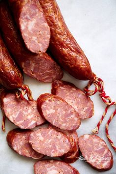 Heavily smoked, many layers of flavor, pleasant spiciness. The best! Venison Sausage Recipes, Andouille Sausage Recipes, Pork Recipes, Sausages In The Oven, Smoked Sausages, How To Make Sausage, Sausage Making, Best Pork Recipe, Chinese Sausage