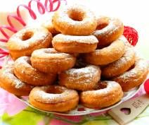 oponki serowe Onion Rings, Doughnut, Ethnic Recipes, Desserts, Food, Tailgate Desserts, Deserts, Essen, Postres