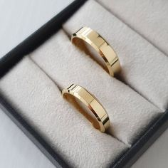 Plain Gold Wedding Bands, Wedding Rings, White Roses, Silver Bracelets, Gold Watch, Grace Dent, Weeding, Elegant, Engagements