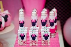 Minnie Mouse Birthday Party Ideas For Toddlers - - Yahoo Image Search Results Minnie Y Mickey Mouse, Minnie Mouse Theme Party, Mickey Mouse Clubhouse Party, Minnie Mouse 1st Birthday, Minnie Mouse Baby Shower, Mickey Mouse Parties, Mickey Party, 1st Birthday Parties, Alice