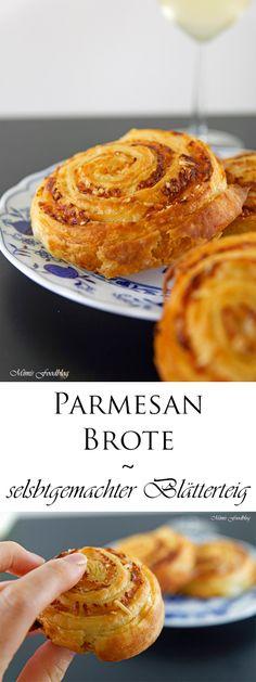 Parmesan-Brot mit selbst gemachtem Blätterteig passt super zu Weißwein, Käse oder einem gemütlichen Grillabend mit Freunden und der Familie.