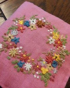 #Embroidery#stitch#needlework #프랑스자수#일산프랑스자수#자수 #핑크색리넨에 꽃자수~ 기분 up ~