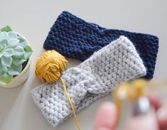 DIY: Anleitung zum Stirnband häkeln Fingerless Gloves, Arm Warmers, Blog, Crochet, Fashion, Headband Crochet, Tutorials, Creative, Fingerless Mitts
