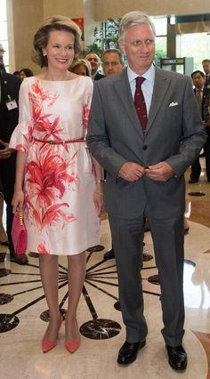 Koningin Mathilde herontdekt Belgisch modehuis - Gazet van Antwerpen: http://www.gva.be/cnt/dmf20150623_01744728/koningin-mathilde-herontdekt-belgisch-modehuis