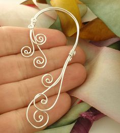 Swirly Ear Cuff by unkamengifts, via Flickr