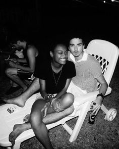 Interracial Dating and Mixed Race Dating Specialists in the     Black Girls  White Boys