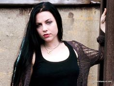 Wallpaper of Amy Lee for fans of Evanescence 2494246 Amy Lee Evanescence, Snow White Queen, Darkness Girl, Gothabilly, Mtv Videos, Beautiful Voice, Latest Music, Gothic Girls, Record Producer