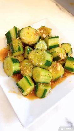 Asian Diet, Korean Diet, Korean Food, Korean Recipes, Vegan Recipes Easy, Diet Recipes, Vegetarian Recipes, Pregnancy Meals, Asian Cucumber Salad