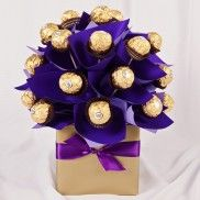 Ferro Rocher chocolate bouquet - what a great easy gift to make :)