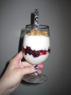 Copycat McDonald's yogurt parfait... yum!