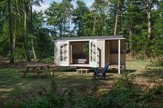 Tiny house! Into the woods! Kampeerterrein 't Vlintenholt - Vakantiehuisinspiratie