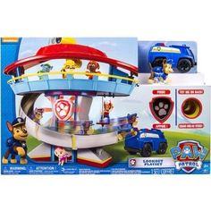 Paw Patrol Lookout Playset by Spin Master.anything paw patrol! Insignia De Paw Patrol, Paw Patrol Badge, Paw Patrol Toys, Ryder Pat Patrouille, Paw Patrol Lookout, Minnie Mouse Rosa, Top Christmas Toys, Christmas 2014, Christmas Gingerbread