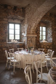In love with this wedding table styling done by AK Weddings for J & M wedding in Stanjel Slovenia. This old castle with raw stone walls creates a perfect atmosphere for a relaxed and cozy wedding reception.