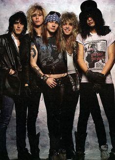 slash Guns N Roses axl rose Izzy Stradlin duff mckagan Steven Adler - Modern Slash Guns N Roses, Guns And Roses, Roses Quotes, Michael Jackson, Big Hair Bands, Die Queen, Duff Mckagan, Welcome To The Jungle, Axl Rose