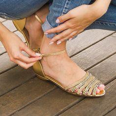 Confira os modelos novos!  #tatianemoreira #peeptoe #lojaonline   Acesse: tatianemoreira.com.br ✅ Acesse: tatianemoreira.com.br ✅