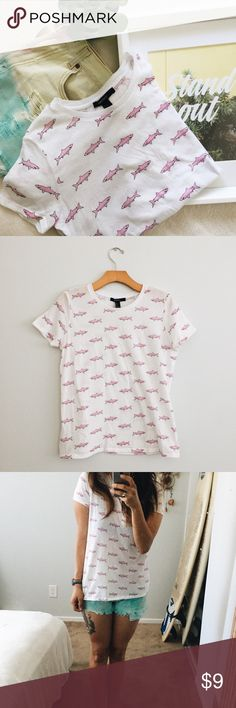 Pink Shark T-Shirt by Forever 21 California, with its nearly year long summer, ALWAYS calls for summer prints. This light, cotton top is a cute twist to any outfit. It has never been worn and is NWOT. Great as a gift for your friend that lives for summer, or for yourself! ☀️ Forever 21 Tops Tees - Short Sleeve