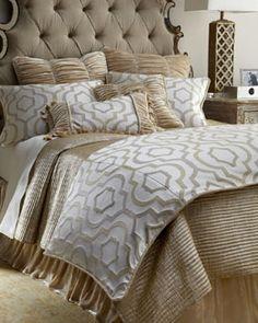 "+3733 SFERRA ""Constantine"" Bed Linens"