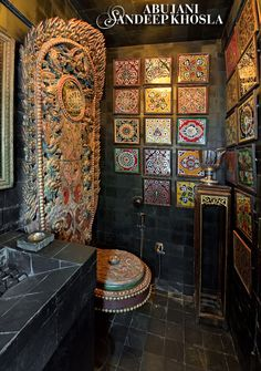 Abu Sandeep Interiors reflect dazzling elements of depth, detail and complexity.