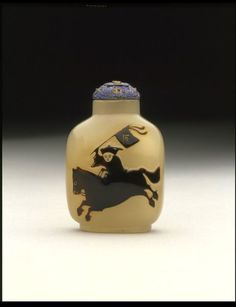 Snuff bottle | V&A Search the Collections