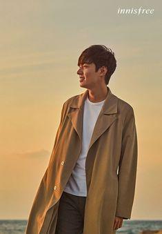 'Innisfree' Releases Pictorial Cuts of Lee Min Ho! Minho, Asian Actors, Korean Actors, Korean Idols, Korean Drama, Lee Min Ho Photos, Kim Woo Bin, Kdrama Actors, Park Shin Hye
