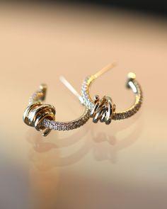 Real Diamond Earrings, Gold Hoops, Diamonds, Wire, Hoop Earrings, Jewels, Detail, Chain, Yellow