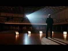 ▶ Kenny Rogers - You Can't Make Old Friends (duet with Dolly Parton) [Official Video] - YouTube