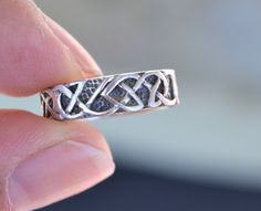 Celtic Ring, Celtic Knot Rings, Celtic Band Ring, Celtic Sterling Silver Band Ring, Vintage, Sterling Silver, Size 6 Ring (V79) by LKArtChic on Etsy