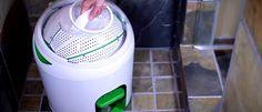 Startup canadense criou projeto de máquina de lavar portátil que não utiliza energia elétrica e é ecologicamente correta. Basta pedalar por 5 minutos para limpar até 7 peças de roupa