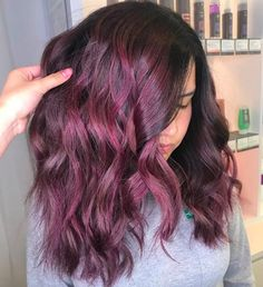 Rosy mauve is basically the perfect blend between the rose gold and mulled wine hair trends. Golden Brown Hair Color, Brown Ombre Hair, Brown Hair With Highlights, Brown Hair Colors, Purple Hair, Wine Hair, Honey Blonde Hair, Spring Hairstyles, Fall Hair