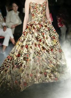 Franck Sorbier. (I'll admit it: part of me wants to own a ridiculously ornate, space-hogging ball gown.)