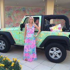 Dress!! And the jeep is just a plus haha