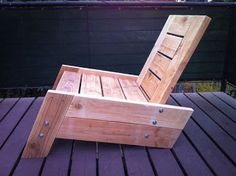 Low Rise Lounge Chair Made From Pallets   ---   #pallets