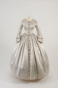 Day dress, 1842  From the Fashion Museum, Bath on Twitter Fripperies and Fobs