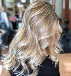Blonde Hair Looks, Brown Blonde Hair, Short Blonde, Butter Blonde Hair, Baby Blonde Hair, Pearl Blonde, Medium Blonde, Black Hair, Frontal Hairstyles