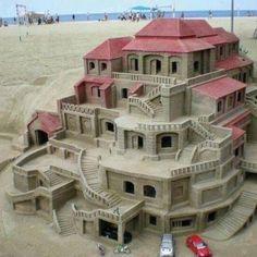 Que gran trabajo, un castillo hecho de arena.