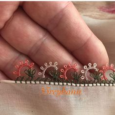 # igneoyası # needle the lace lace - Needle Tatting, Needle Lace, Maquillaje Halloween Tutorial, Crochet Boarders, Youtube Kanal, Viking Tattoo Design, Sunflower Tattoo Design, Lace Making, Lace Design